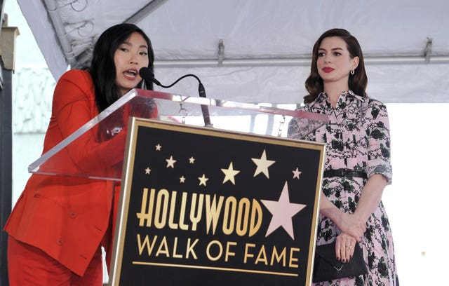 Anne Hathaway Walk Of Fame