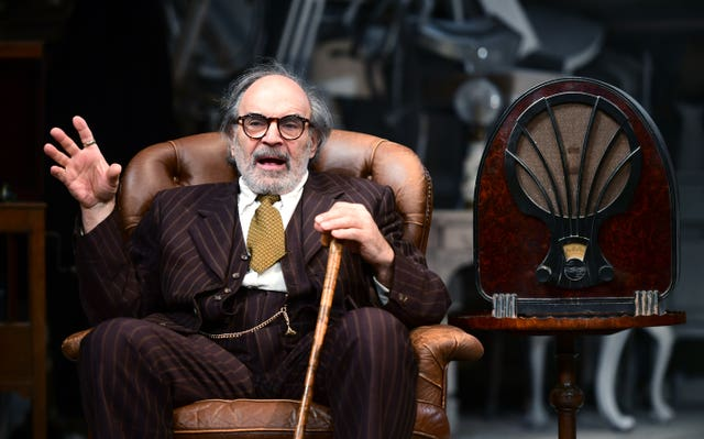 David Suchet during a dress rehearsal of Arthur Miller's The Price