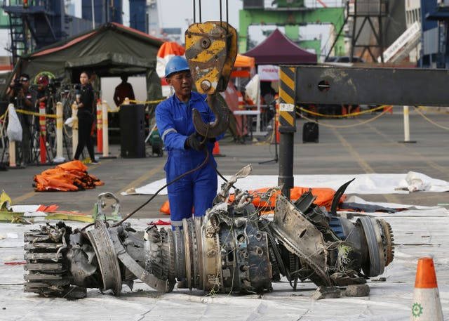 An engine recovered from the crashed Lion Air jet