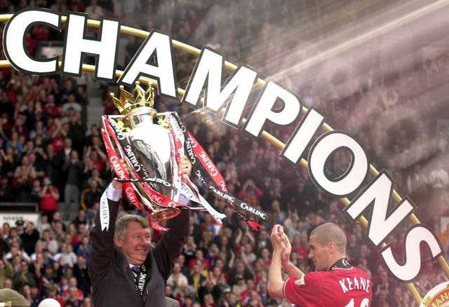 Sir Alex Ferguson lifts the 2001 Premier League trophy