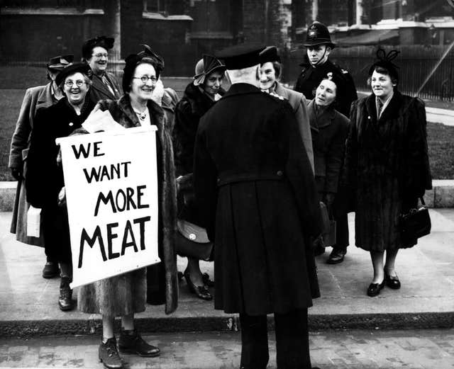 MEAT RATIONING DEMONSTRATION : 1951