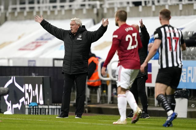 Newcastle manager Steve Bruce, left, was disappointed to concede three late goals