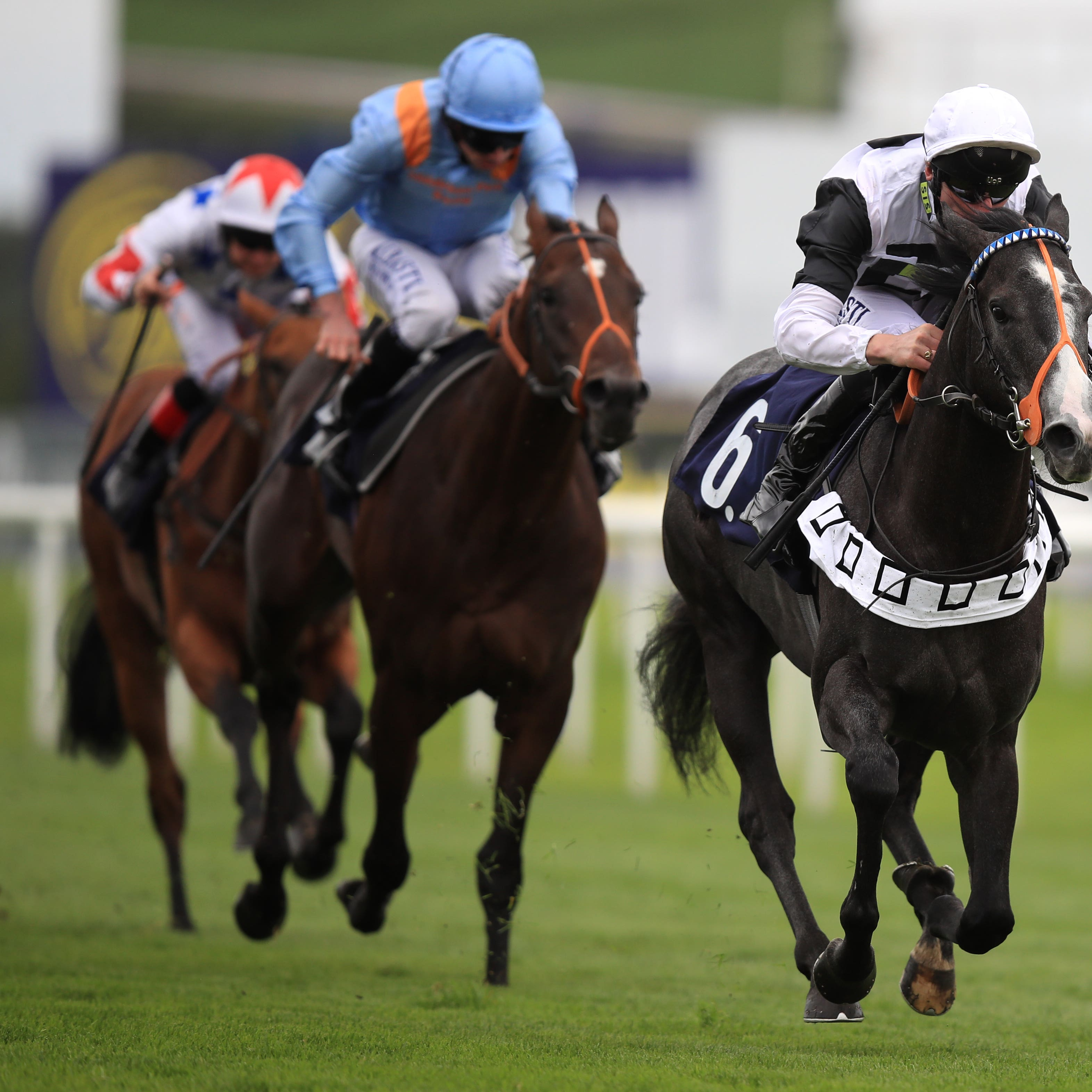 Tip Two Win on his way to winning at Doncaster last season