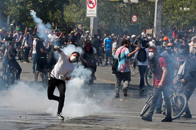 Clashes in Santiago