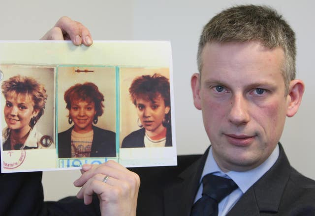 Detective Superintendent Raymond Murray with pictures of murdered German backpacker Inga Maria Hauser (Paul Faith/PA)