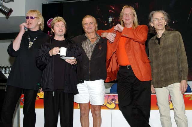 Yes In Store Signing