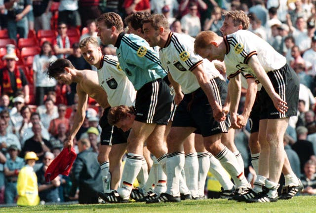 Euro '96 Germany v Russia 7