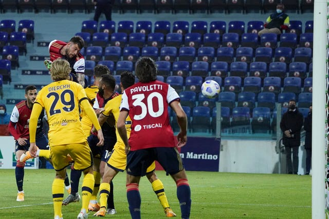 Alberto Cerri, top left, scored the last-gasp winner for Cagliari