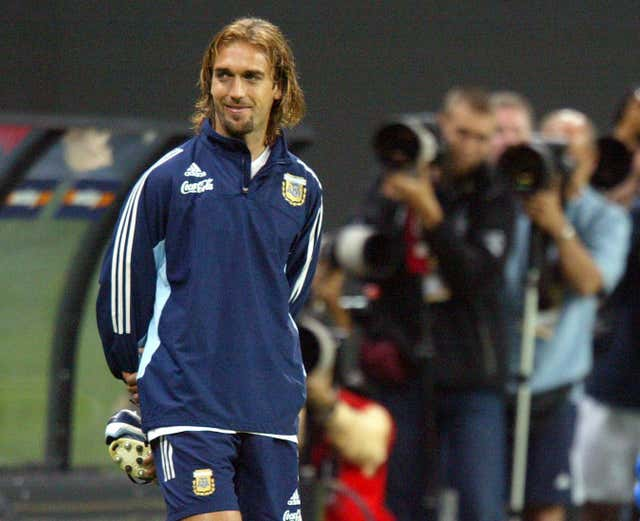 Gabriel Batistuta was on target in a fiery clash in Santiago
