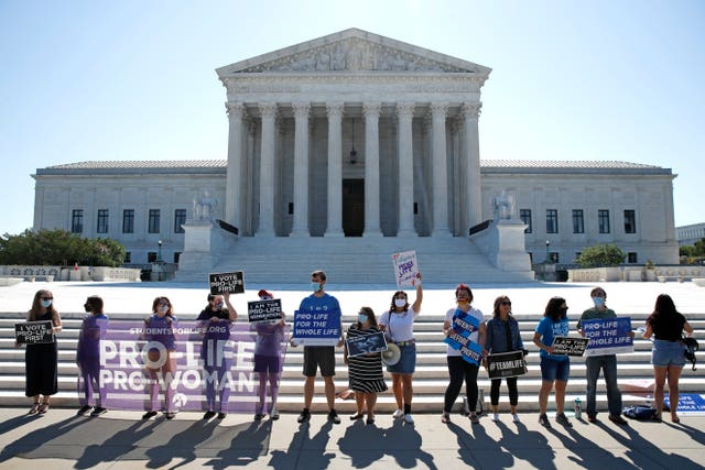 Anti-abortion protesters  outside the Supreme Court (Patrick Semansky/AP)