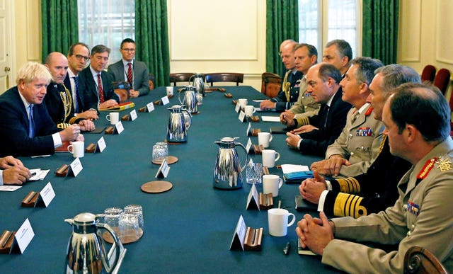 PM meets military service chiefs – London