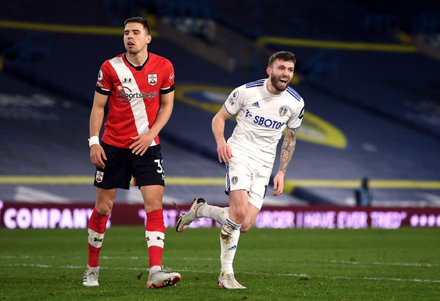 Leeds move back into top half after comfortable win over Southampton PLZ Soccer