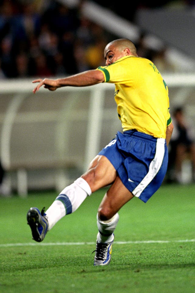 Soccer – World Cup France 1998 – Second Round – Brazil v Chile – Parc des Princes