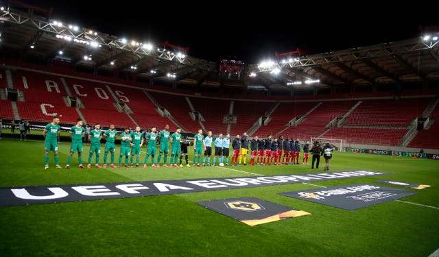 Wolves and Olympiacos line up