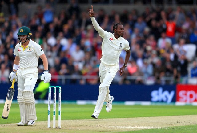 Jofra Archer celebrates his wicket