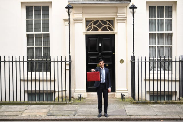 Rishi Sunak leaves 11 Downing Street to head to the House of Commons