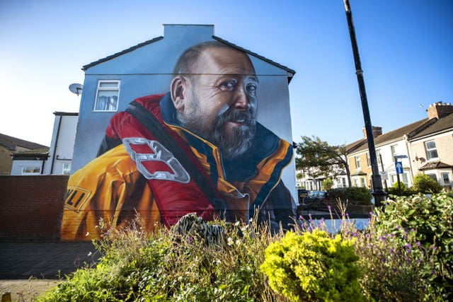 A mural in honour of RNLI volunteer Mike Jones
