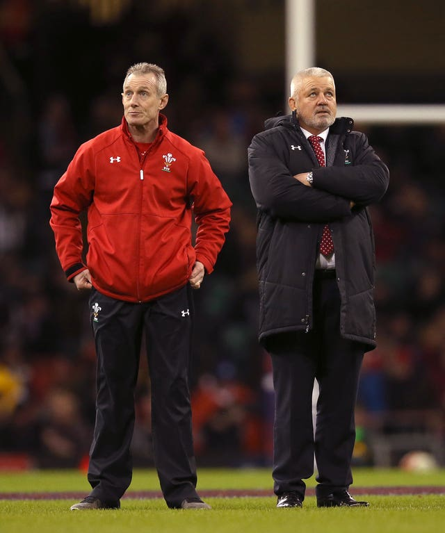 Warren Gatland, right, has been left to clear up the mess caused by Howley's departure