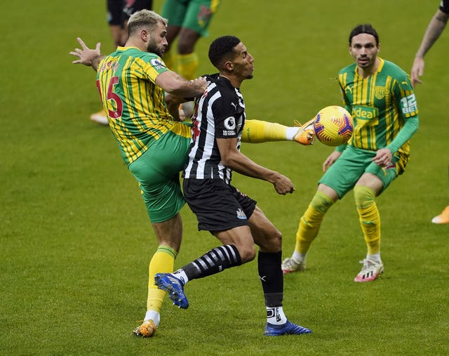 Isaac Hayden was one of several Newcastle players struck down by coronavirus