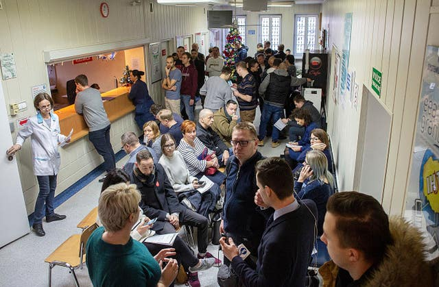 People line up to donate blood for Gdansk's mayor