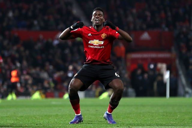Paul Pogba bemoans a missed chance