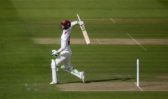 Eddie Byrom's hundred helped Somerset recover from 139 for five to 301 all out at Lord's