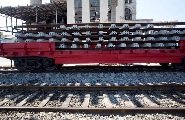 Cuba Reviving the Railroad