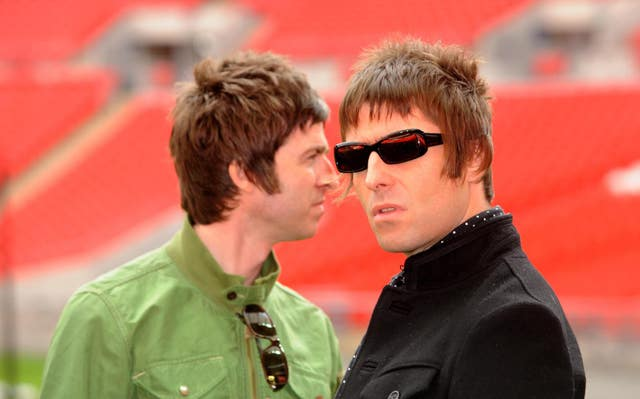 Noel Gallagher and Liam Gallagher before Oasis split