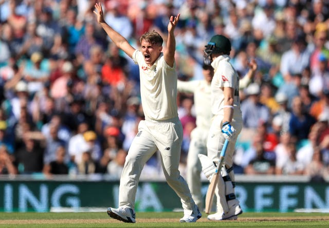 Sam Curran tried in vain to dismiss Steve Smith