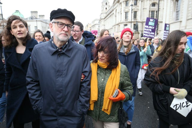 Jeremy Corbyn and his wife Laura Alvarez