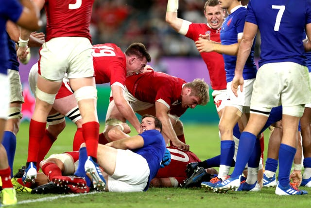 Ross Moriarty (bottom) scored a 74th-minute try as Wales beat France by a point (David Davies/PA).