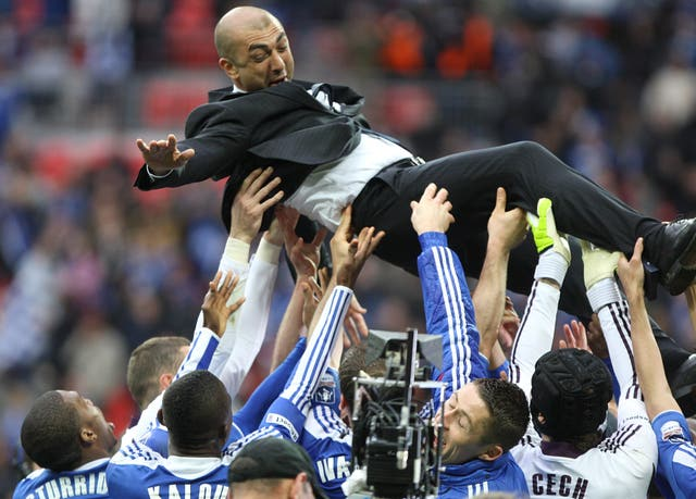Roberto Di Matteo is saluted by his Chelsea players after FA Cup victory