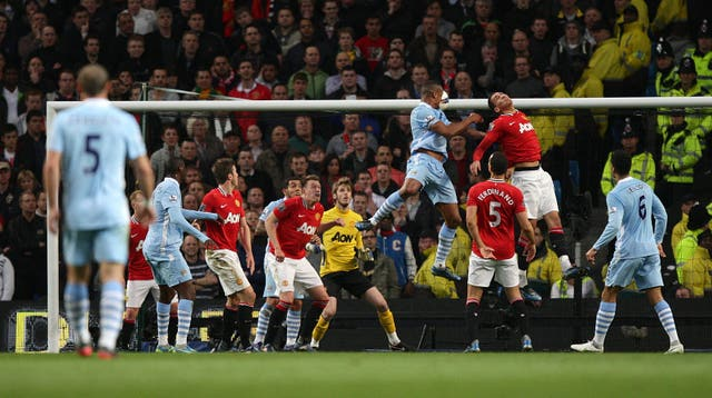 Soccer – Barclays Premier League – Manchester City v Manchester United – Etihad Stadium