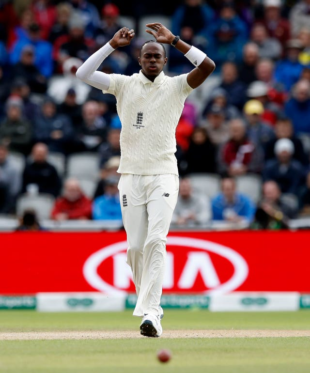 Jofra Archer had a frustrating first day at Old Trafford