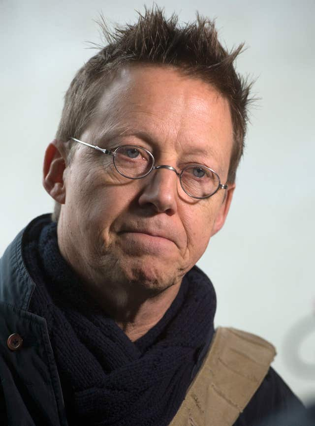 Simon Mayo comments