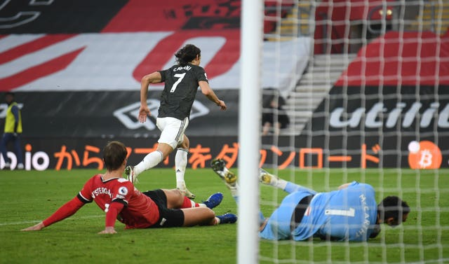 Cavani's injury-time header secured the three points for Man Utd.