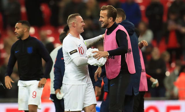 Wayne Rooney expects Harry Kane to soon better his England haul
