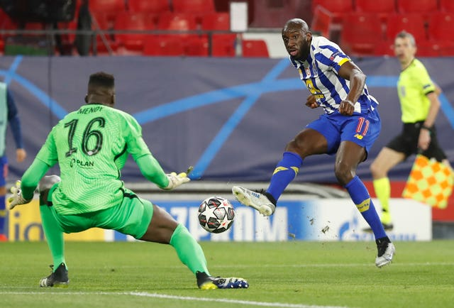 Moussa Marega is denied by Edouard Mendy