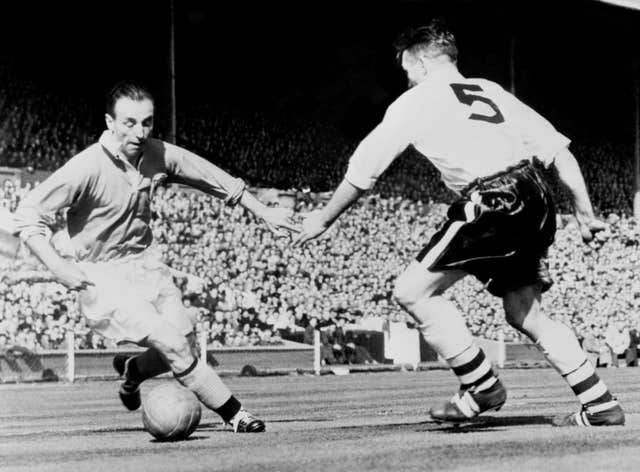 Stanley Matthews helped Blackpool recover from 3-1 down to beat Bolton in the 1953 FA Cup final