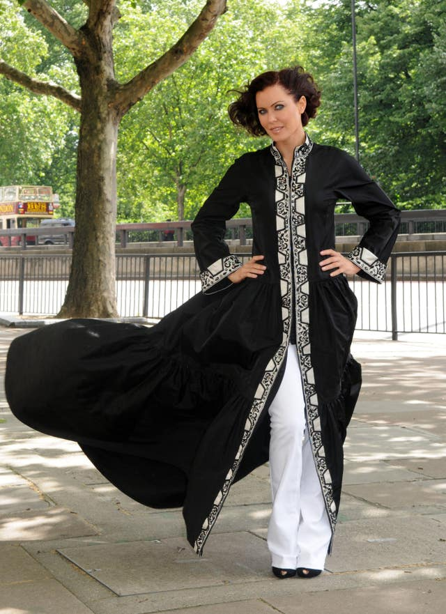 Linzi Stoppard Models The Most Expensive Abaya – London