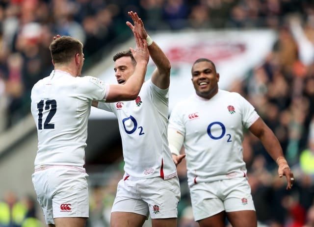 George Ford (centre)