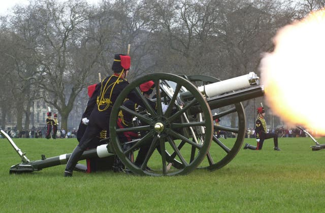 Gun salutes following the death of the Queen Mother in 2002