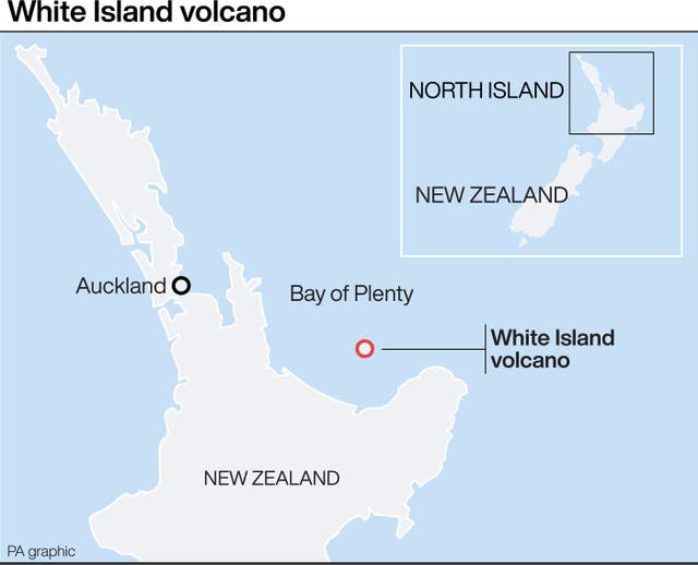 Graphic locates White Island volcano in New Zealand