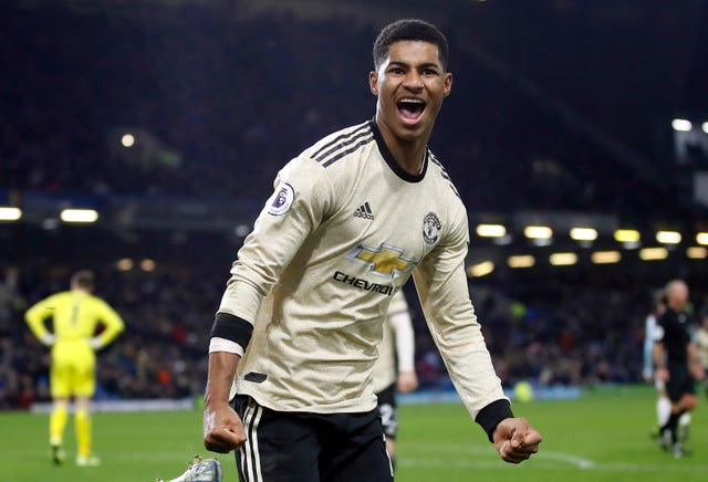 Marcus Rashford sealed a 2-0 win for Manchester United at Burnley