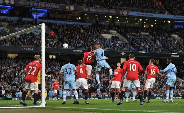 Soccer – Barclays Premier League – Manchester City v Manchester United – Etihad Stadium