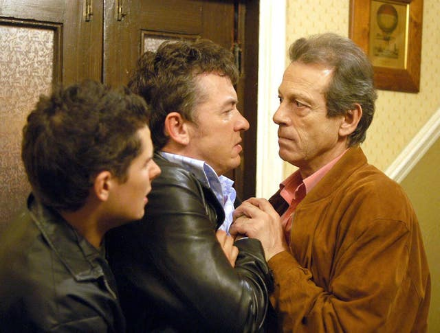 Den (Leslie Grantham) forcing Alfie (Shane Richie) and Spencer Moon (Christopher Parker) out of the Queen Vic