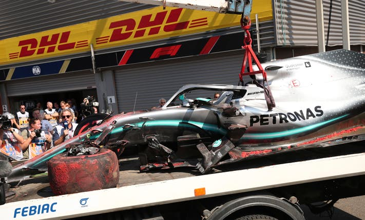 Lewis Hamilton crashed his Mercedes during final practice