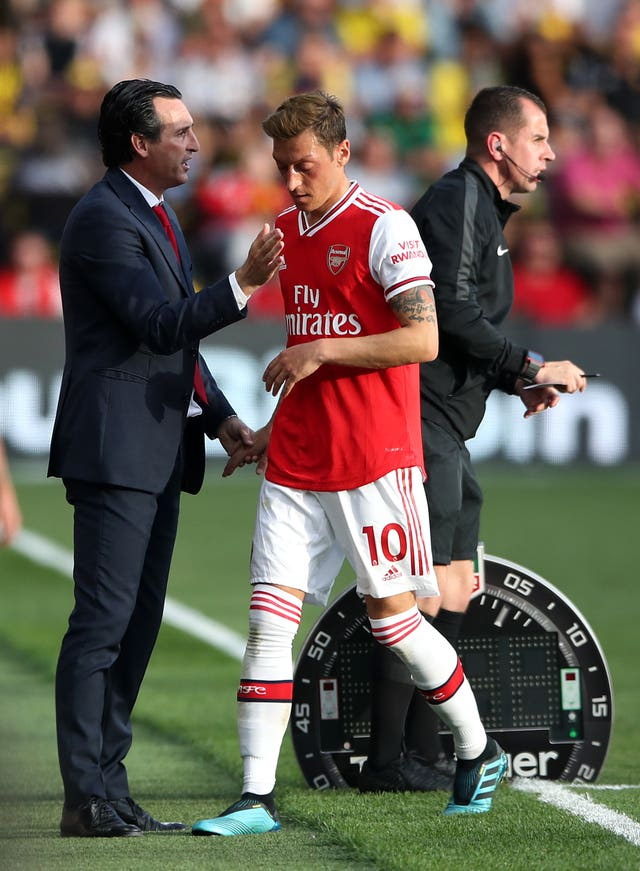 Unai Emery made the call to rest Mesut Ozil