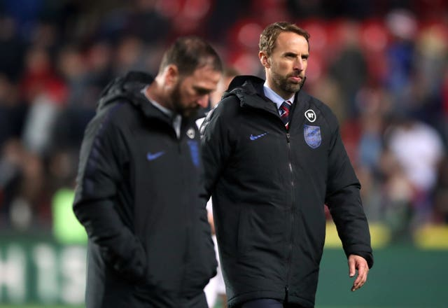 Gareth Southgate, right, and assistant Steve Holland