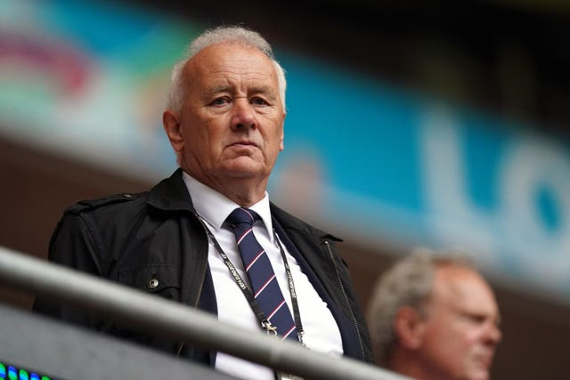 EFL President Rick Parry has expressed concern that a Champions League overhaul poses a major threat to the Carabao Cup